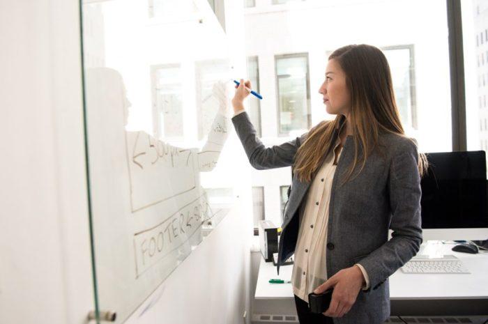 Оренбуржцы могут пройти бесплатное обучение профессиям в рамках нацпроекта «Демография»