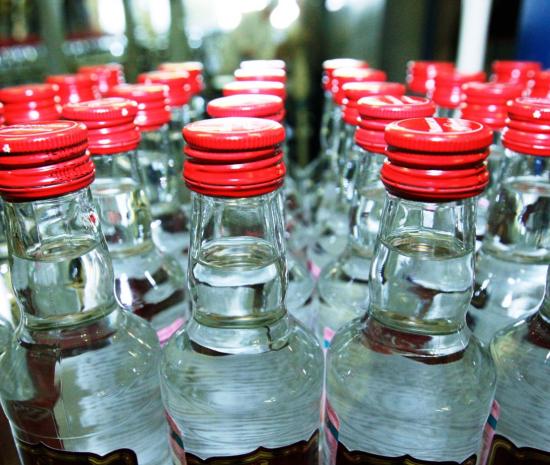 В больницах региона продолжают спасать пациентов, пострадавших от суррогатов алкоголя