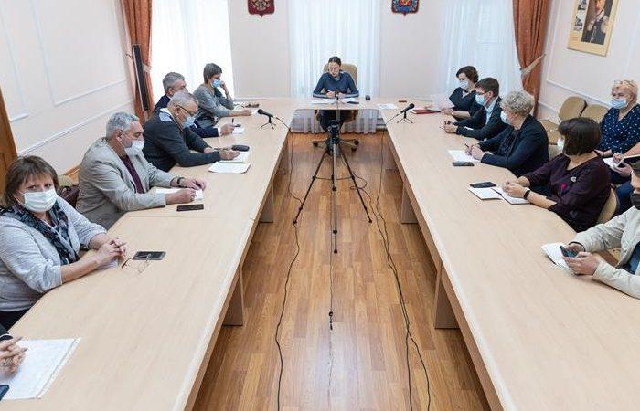 В Минкультуры региона обсудили вопросы введения QR-кодов в учреждениях